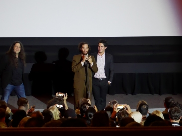 De gauche à droite : Joshua Safdie, Ben Safdie
